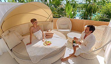 [Translate to en:] Royal Day Spa Deluxe Suiten